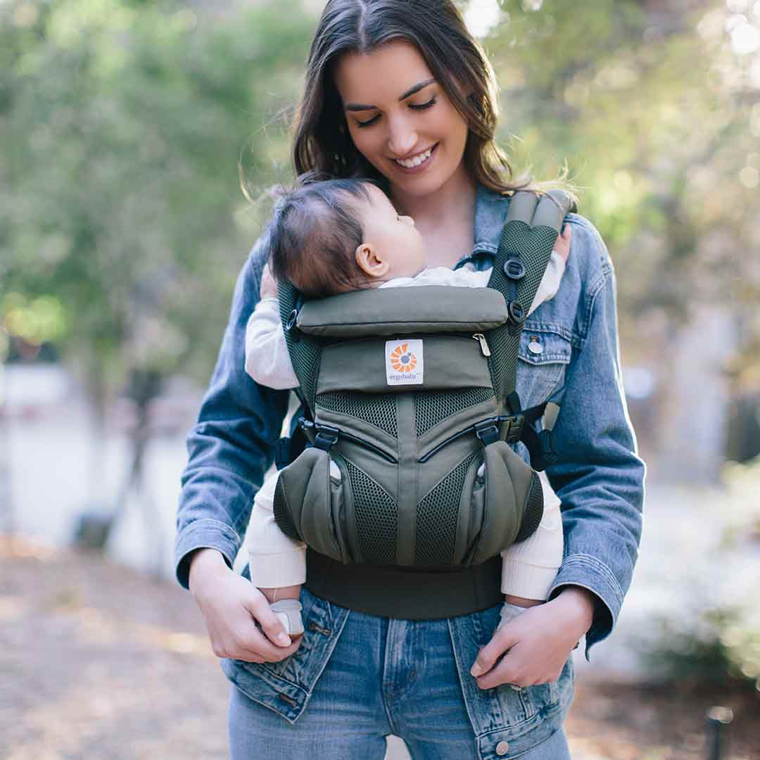 9c54e221176 Ergobaby Omni 360 Cool Air Mesh Carrier in Khaki Green – Natural Baby Shower