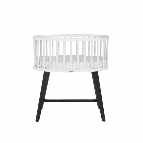 Kidsmill Fynn Crib in White & Black