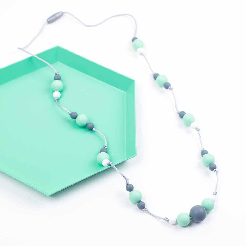 Little Magpies Ophelia Teething & Nursing Necklace - Mint