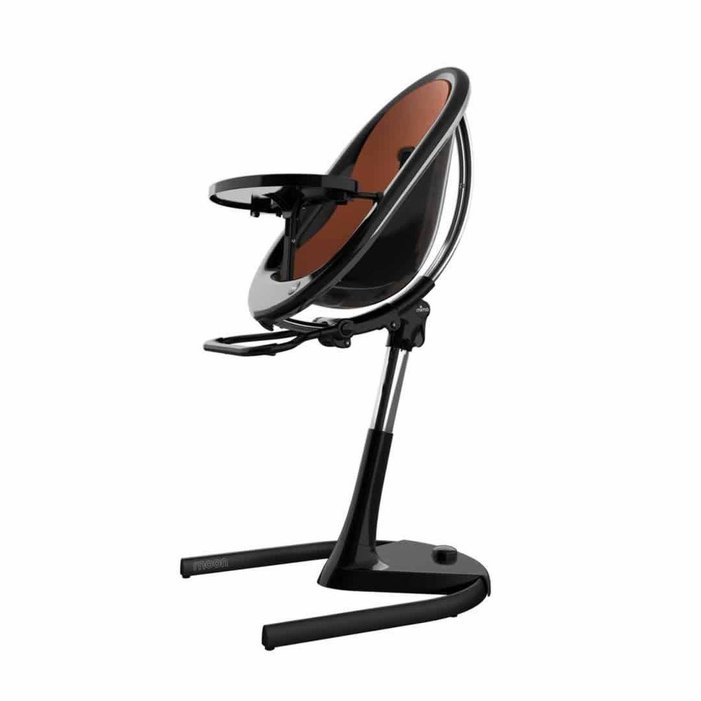 Mima Moon Highchair in Black with Camel Seat Pad