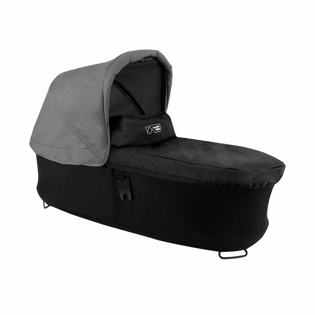 Mountain Buggy Duet Carrycot Plus in Flint