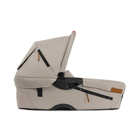 Mutsy Evo Carrycot - Urban Nomad Cream - Carrycots - Natural Baby Shower