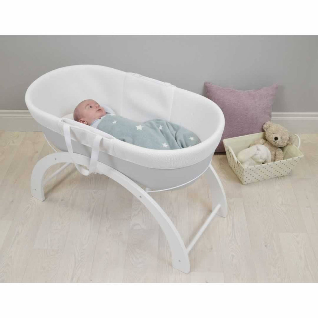 Shnuggle Dreami Moses Basket - Grey Lifestyle
