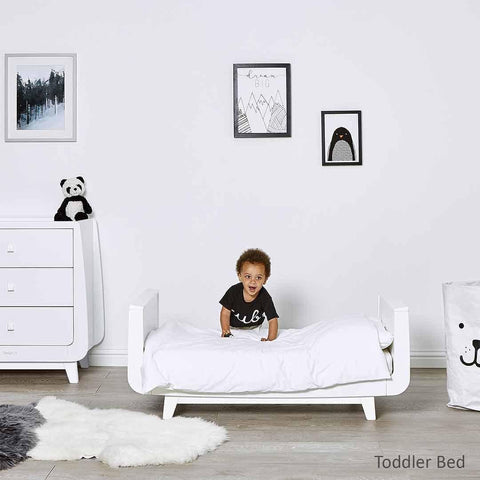 SnuzKot Luxe 2 Piece Nursery Furniture Set - White Lifestyle