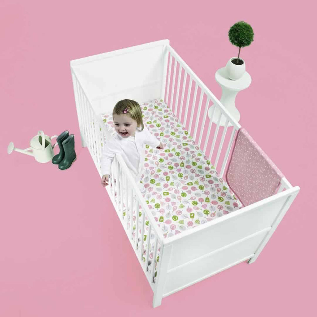 SnuzPod Little Tweets Cot/Cot Bed Sheet Lifestyle