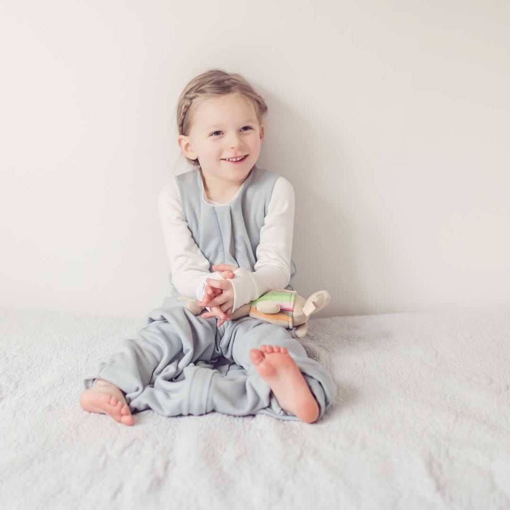 Superlove Organic Cotton & Merino Toddler Sleeping Bag - Cloud Grey Lifestyle