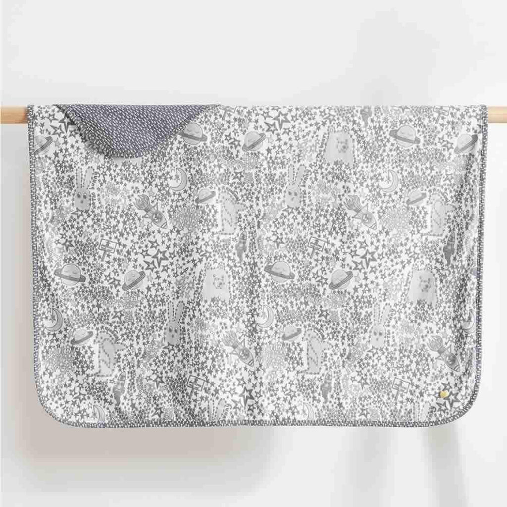 The Bonnie Mob Blaze Reversible Blanket - Greys Night Sky
