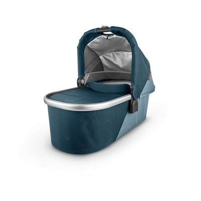 Uppababy Cruz V2 Carrycot - 2020 - Finn-Carrycots- Natural Baby Shower