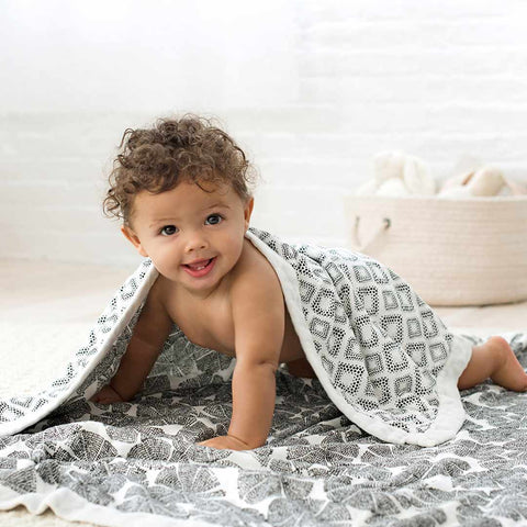 aden + anais Silky Soft Dream Blanket - In Motion-Blankets-In Motion- Natural Baby Shower