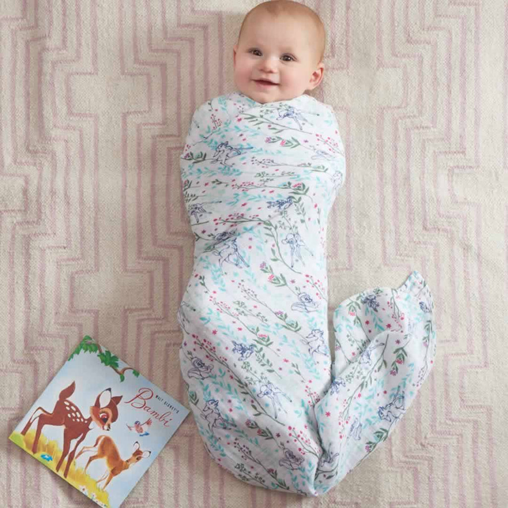 aden + anais Muslin Swaddles Bambi - 4 Pack Lifestyle