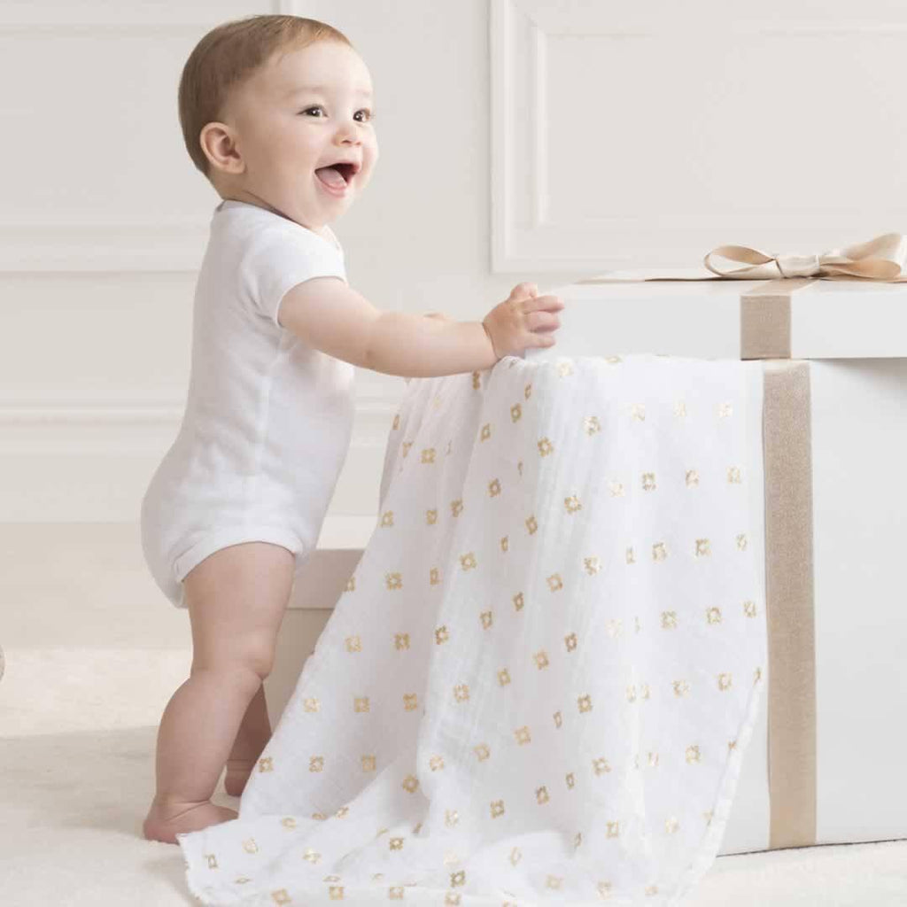 aden + anais Muslin Swaddles Metallic Gold 3 Pack Lifestyle