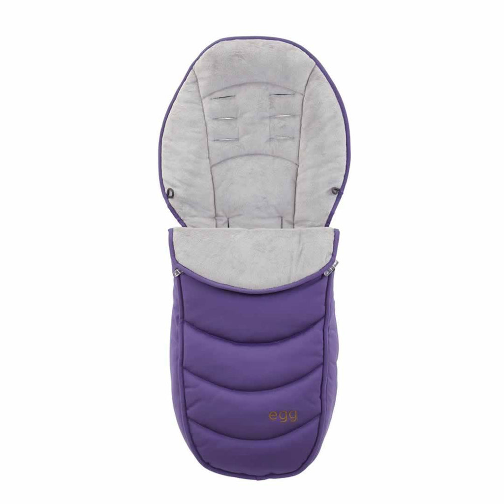 egg Footmuff in Gothic Purple