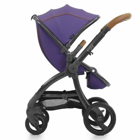 egg Stroller in Gothic Purple
