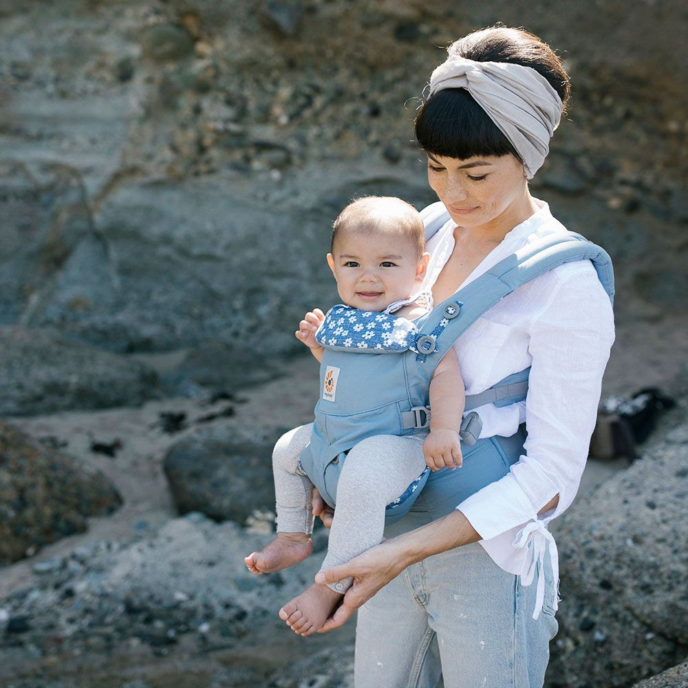 Ergobaby Omni 360 Carrier - Blue Daisies Lifestyle 2