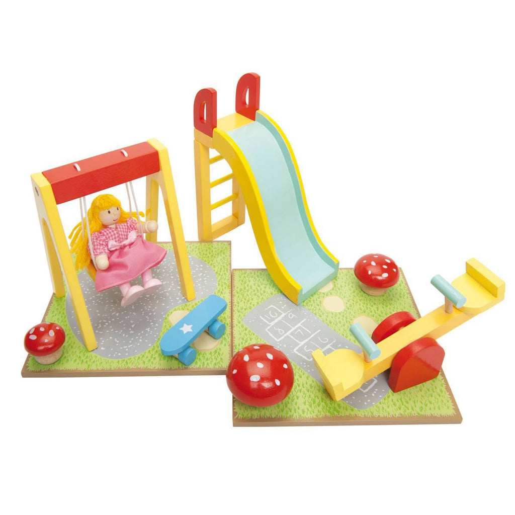 Play Sets - Le Toy Van - Dolls' Outdoor Play Set