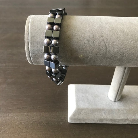 Magnetic and Pearl Bracelet/Anklet