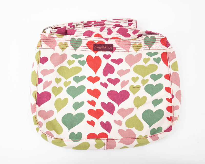 Bungalow 360 Messenger Bag Heart