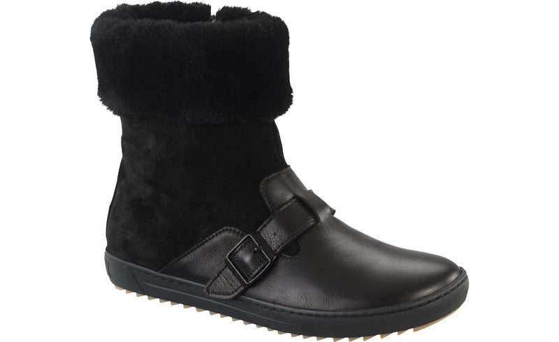 Birkenstock Stirling black leather with black shearling