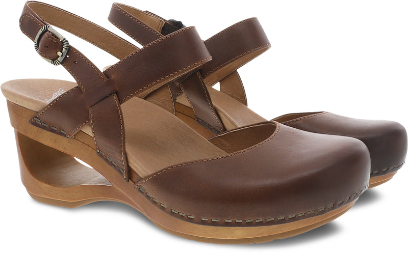 Dansko Women's Taci tan waxy calf
