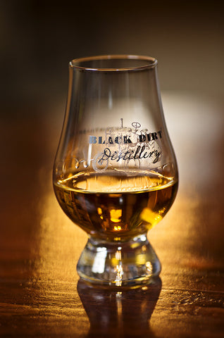 Black Dirt Distillery Glencairn Glass