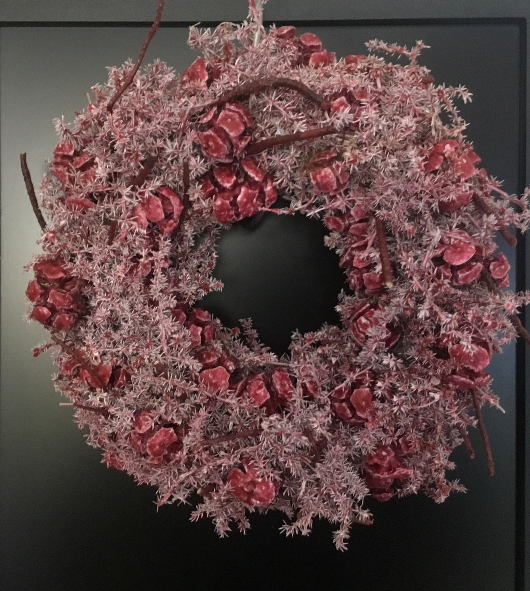 Red Christmas wreath 24cm