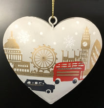Load image into Gallery viewer, London Scene Tin Heart 15278