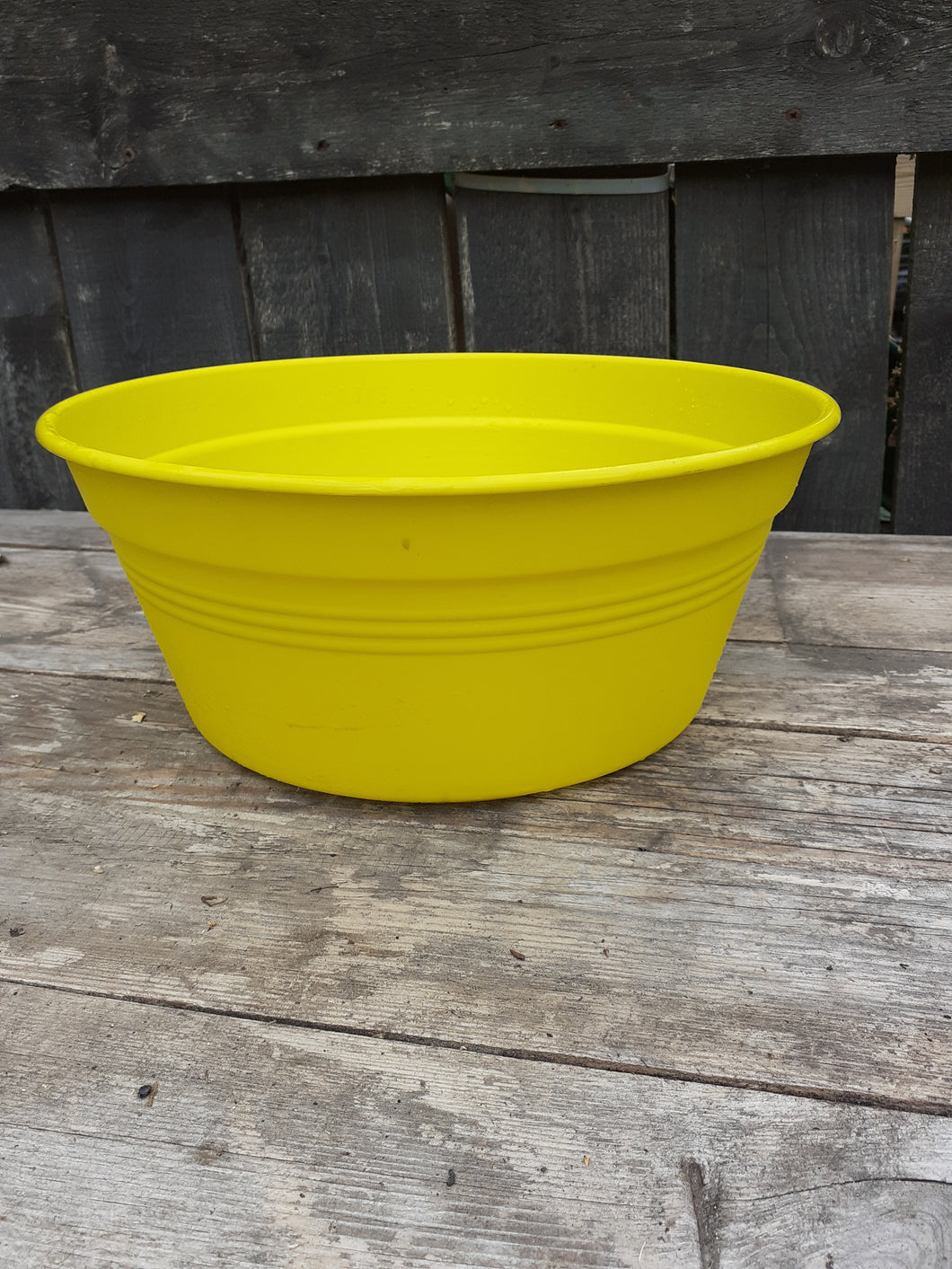green basics bowls & troughs