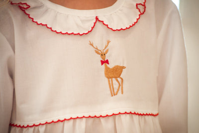 WHITE EMBROIDERED REINDEER PAJAMA GOWN