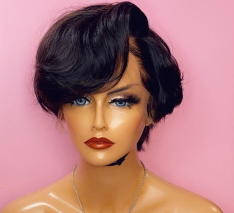 SLEEK SHORT- FRONTAL WIG