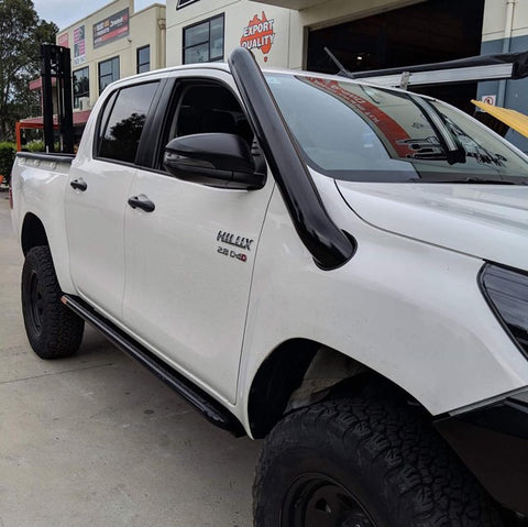 PHAT BARS ROCK SLIDERS/SIDE STEPS- TOYOTA HILUX N80 (2015-ON)