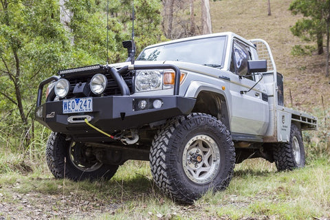 UNEEK 4X4 BULL BAR- LANDCRUISER 79 SERIES