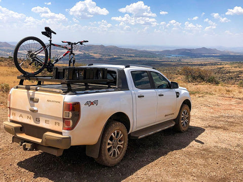 FRONT RUNNER LOAD BED RACK- FORD RANGER WILDTRAK WITH SAILPLANE