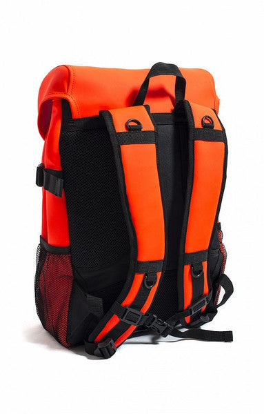 RAINS RUNNER BAG IN ORANGE  - 2