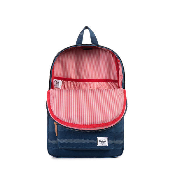 HERSCHEL SETTLEMENT BACKPACK IN NAVY FOUTA  - 2