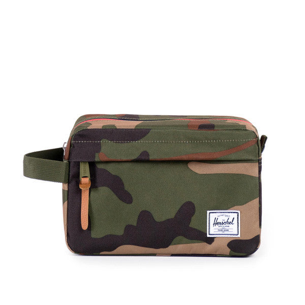 HERSCHEL CHAPTER TRAVEL KIT IN WOODLAND CAMO MULTI ZIP  - 1