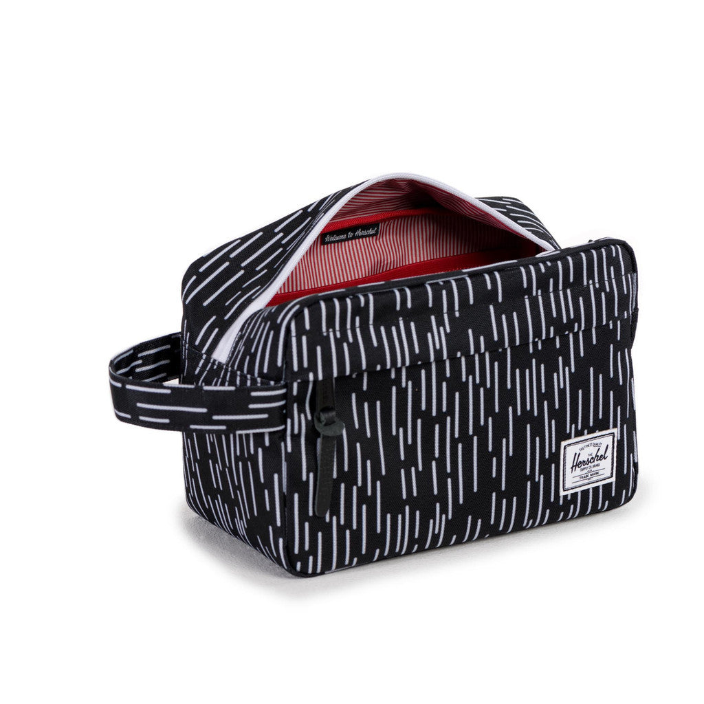 HERSCHEL SUPPLY CO. CHAPTER TRAVEL KIT IN BLACK WITH WHITE RAIN CAMO  - 3