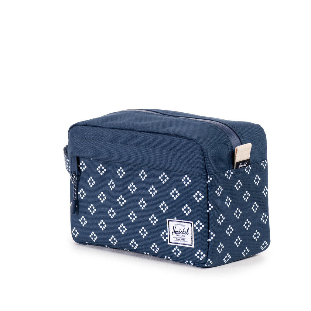 HERSCHEL SUPPLY CO. CHAPTER TRAVEL KIT IN DIVISION PRINT  - 1