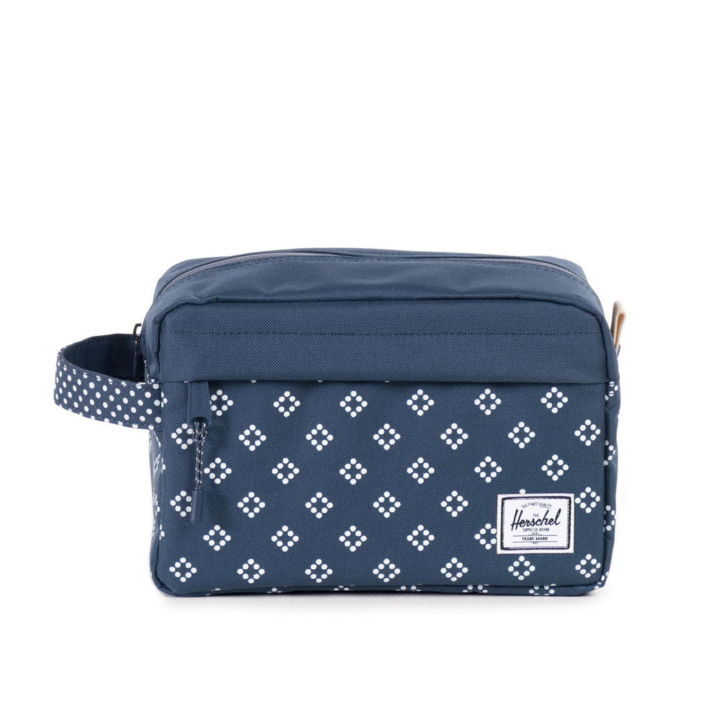 HERSCHEL SUPPLY CO. CHAPTER TRAVEL KIT IN DIVISION PRINT  - 2