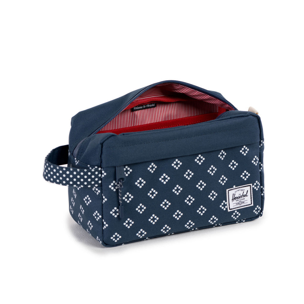 HERSCHEL SUPPLY CO. CHAPTER TRAVEL KIT IN DIVISION PRINT  - 3
