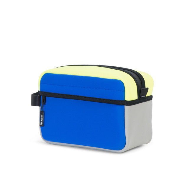 HERSCHEL CHAPTER TRAVEL KIT IN COBALT GREY NEON LIME NEOPRENE  - 3