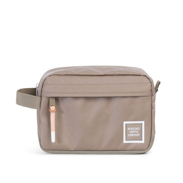 HERSCHEL CHAPTER TRAVEL KIT IN LEAD GREEN POLYCOAT  - 1