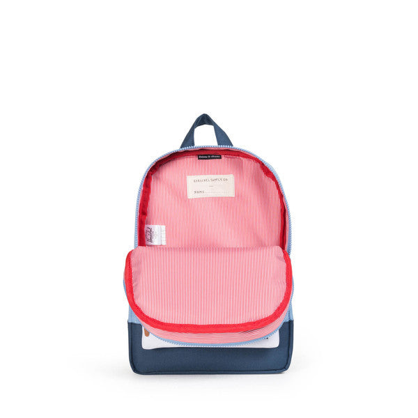 HERSCHEL HERITAGE KIDS BACKPACK IN CHAMBRAY NAVY AND WHITE  - 2