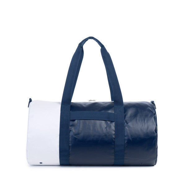 HERSCHEL SUTTON DUFFLE BAG IN NAVY AND DRESS BLUES POLYCOAT  - 3