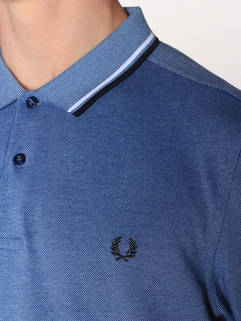 FRED PERRY TWIN TIPPED POLO SHIRT IN PACIFIC OXFORD  - 4