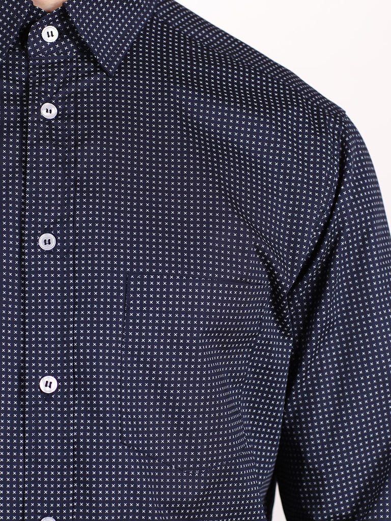 WORKSHOP COTTON BUTTON UP SHIRT IN NAVY BLUE AND CROSS PRINT  - 4