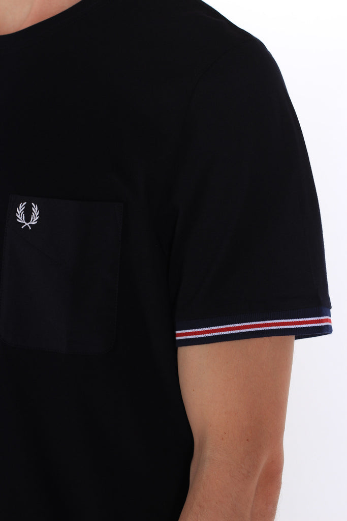 FRED PERRY BOMBER STRIPE CUFF T-SHIRT IN NAVY  - 4
