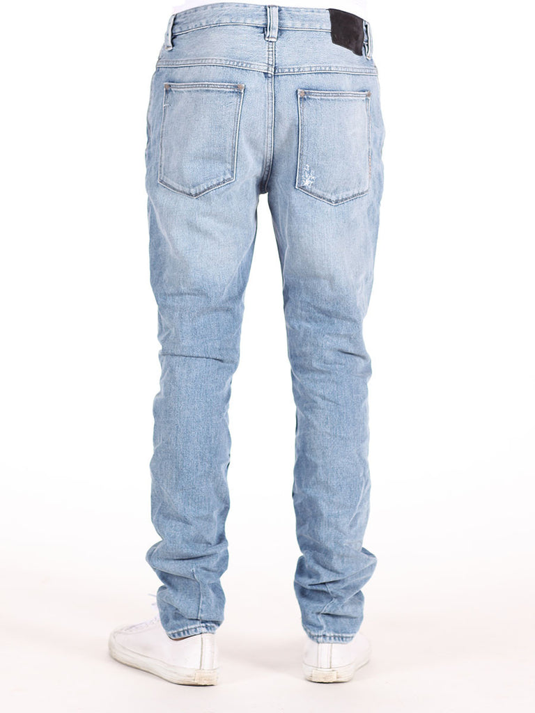 NEUW DENIM RAY TAPERED DISTRESSED JEANS IN BORDERLINE WASH  - 2