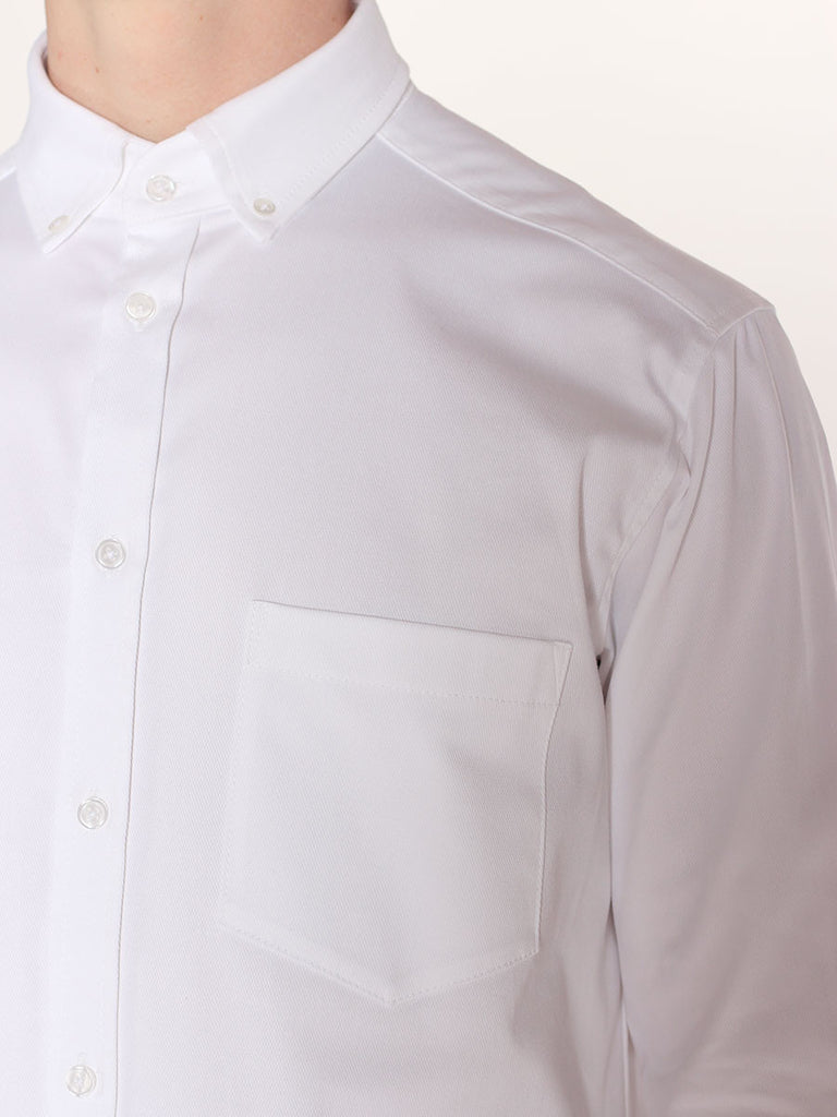 Casual Mens Fashion and West Coast Style Workshop Medium Weight Oxford Button Down Shirt in White Detail 1