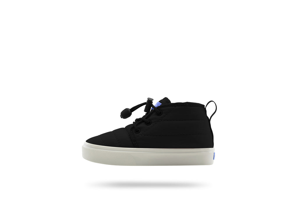 PEOPLE FOOTWEAR KIDS CYPRESS CHUKKA SNEAKERS IN REALLY BLACK AND PICKET WHITE