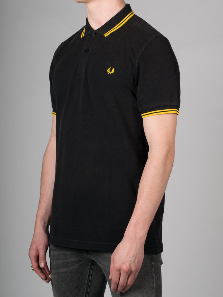 FRED PERRY SLIM FIT TWIN TIPPED SHIRT IN OZONE BLACK AND YELLOW  - 2